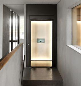 المصعد الذكي